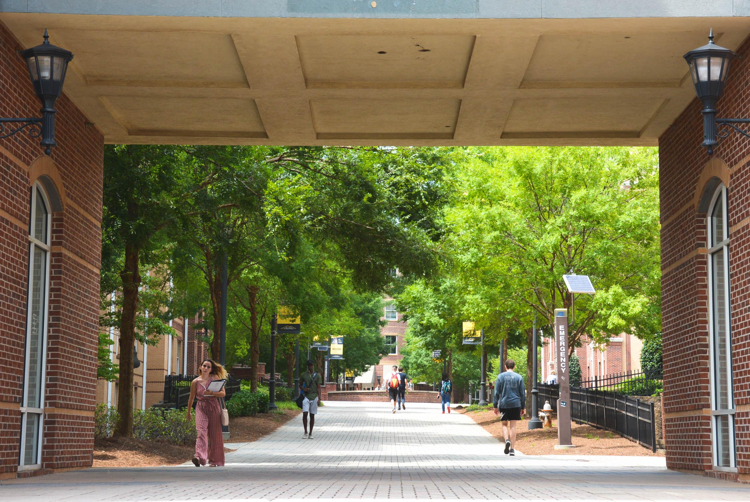 KSU professor earns column excellence award