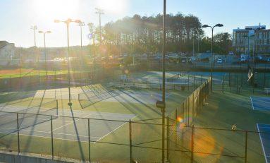 Tennis teams look for fresh start in spring season