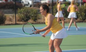 Men's tennis dominant in opening win, women fall twice