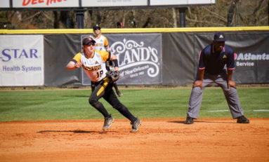 Owls fall 3 times in close games to conference foe FGCU