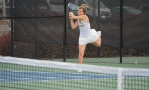 Women's tennis wins first match, men's team sweeps two