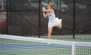Women's tennis wins first match, men's team sweeps two