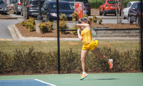 Women's tennis falls to Kentucky, Alabama in road matches