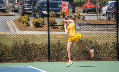 Women's tennis falls to Kentucky, Alabama in road matches