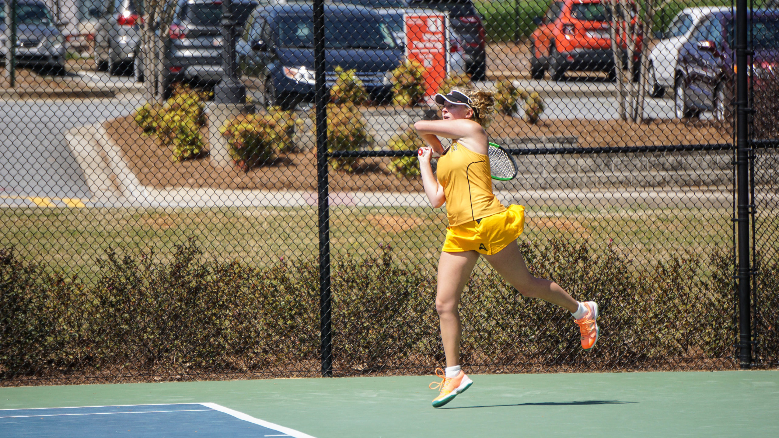 Women's tennis falls to Davidson, earns first win over ASA Miami