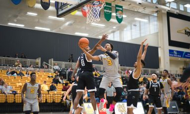 Owls take off in second half, blowout USC Upstate 93-69