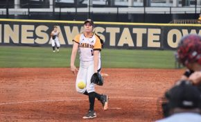 Softball shuts out Panthers, take two of three from Spartans
