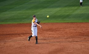 Softball wins four of five in dominant tournament performance