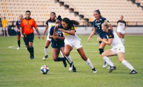 Pressgrove's game-winning header saves Owls against Charleston Southern