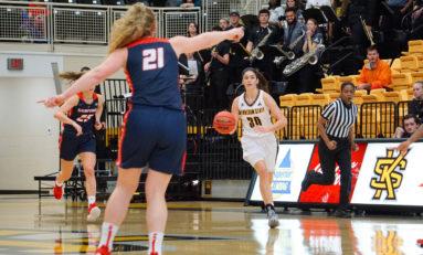 Women's basketball begins season with road loss, home win